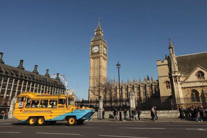 Для нас, как и для жителей большинства других городов мира, автобусы, такси и поезда являются привычным средством передвижения. Однако есть страны, в которых для перевозки пассажиров использ