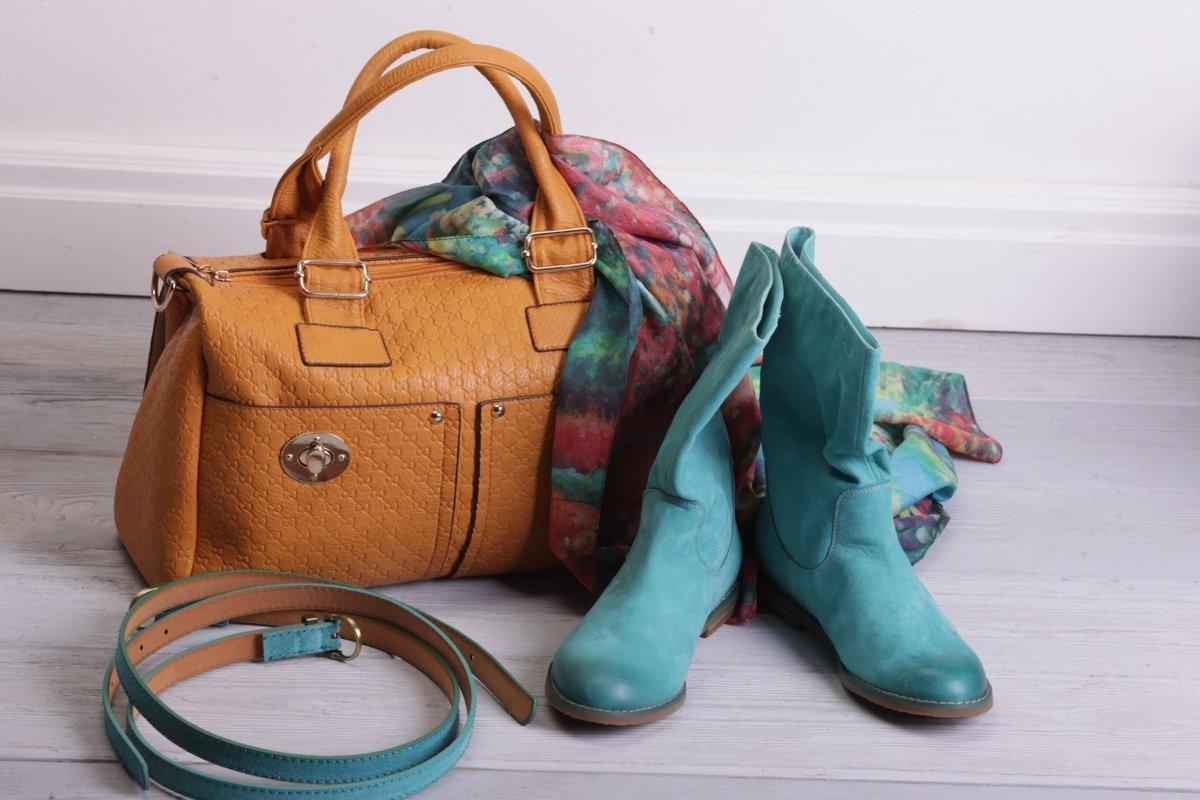 скажи красивые картинки обуви и сумок носик слишком