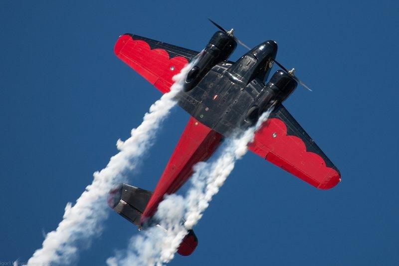 Самолёт: Beech 18