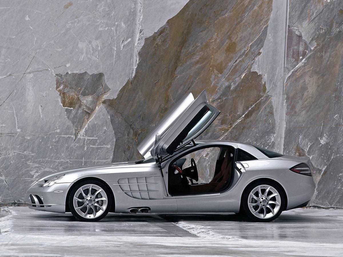 машины с открытой дверью про мерзость