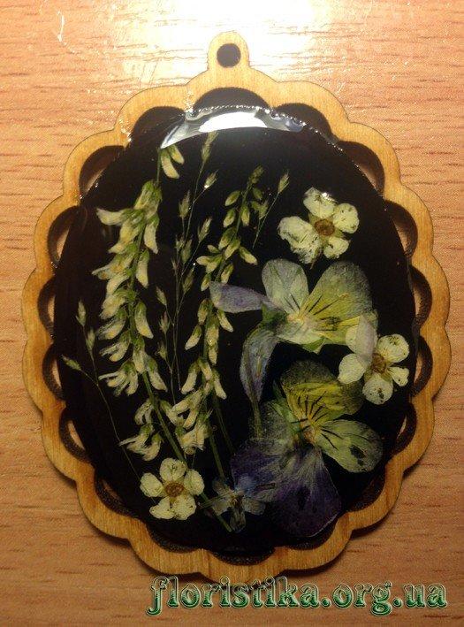 досточка чорная с цветами