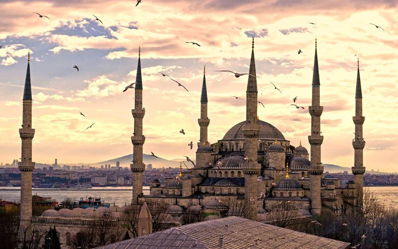 Мечеть Султанахмет в городе Стамбул.