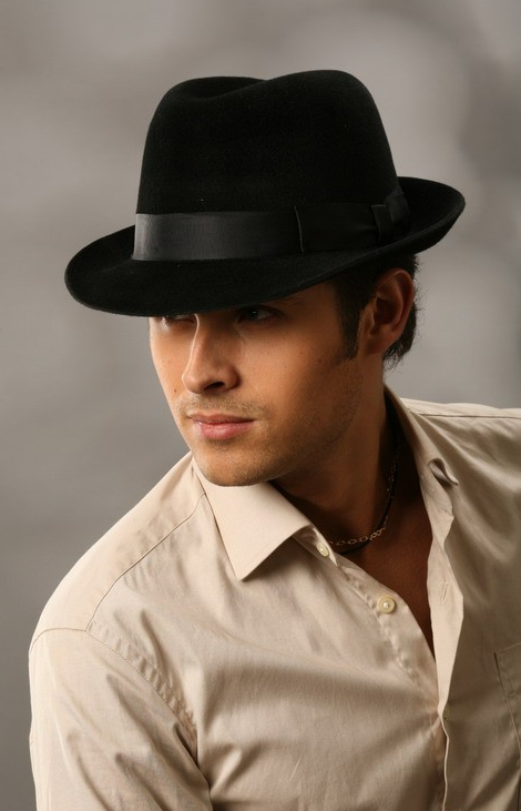 Мужчина в шляпе фото загрузить