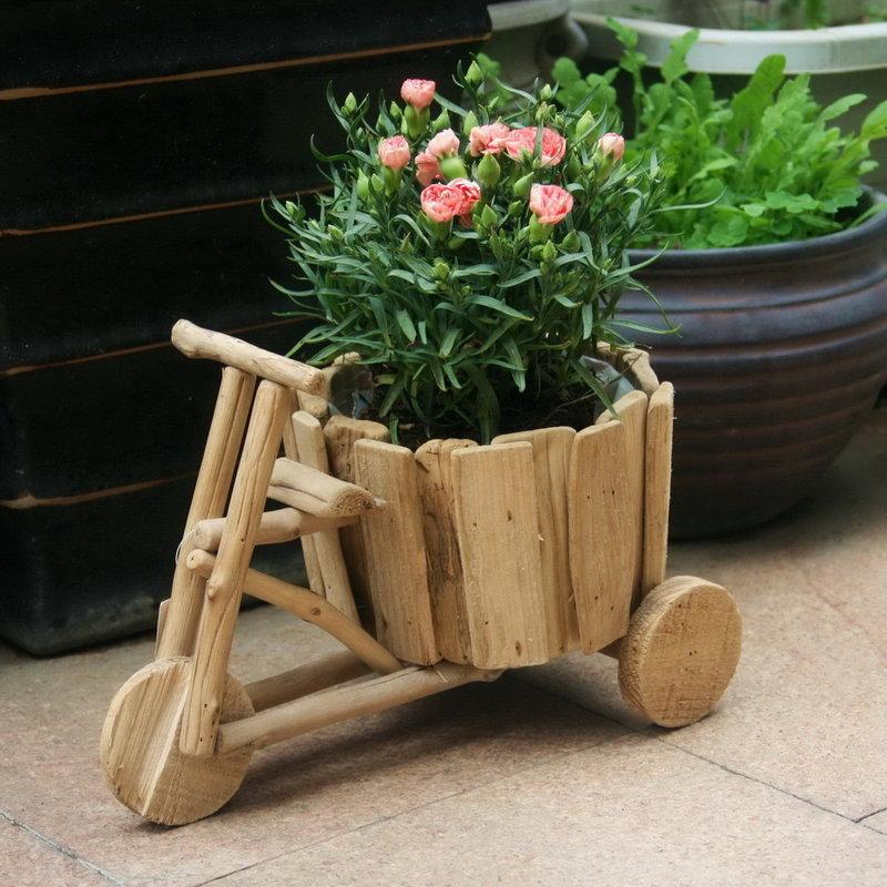 Горшок для цветов деревянный