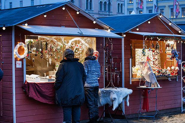 Рождественская ярмарка Святого Туомаса, которая проводится в финской столице уже более двадцати лет, порадует своих посетителей расширением своего ассортимента и увеличением количества развлекательных программ.