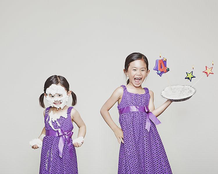 Картинки две сестрички прикольные, днем радио смешная