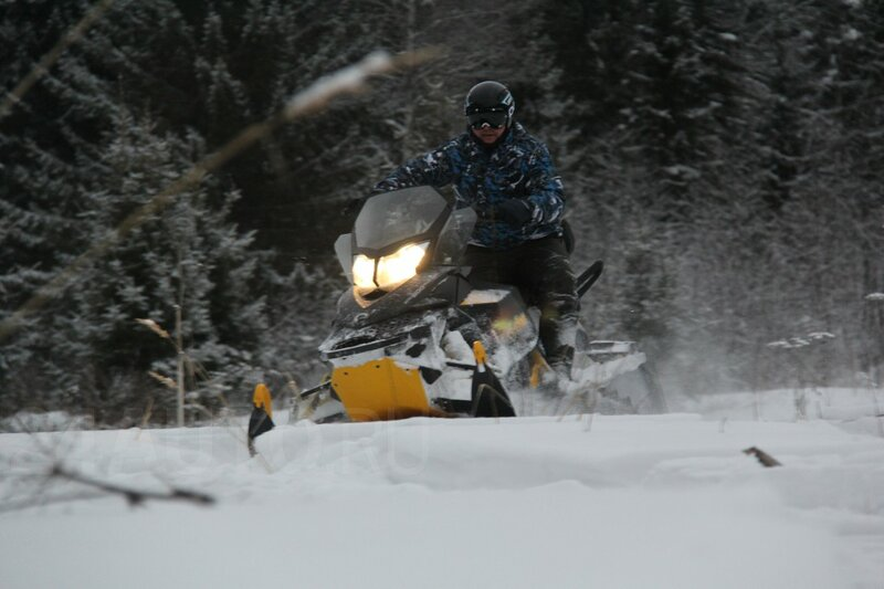 Ski-Doo Summit 600