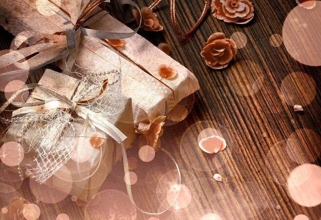 Упаковываем подарок. 4 простые техники завязывания банта - блог сайта Krasota-Style