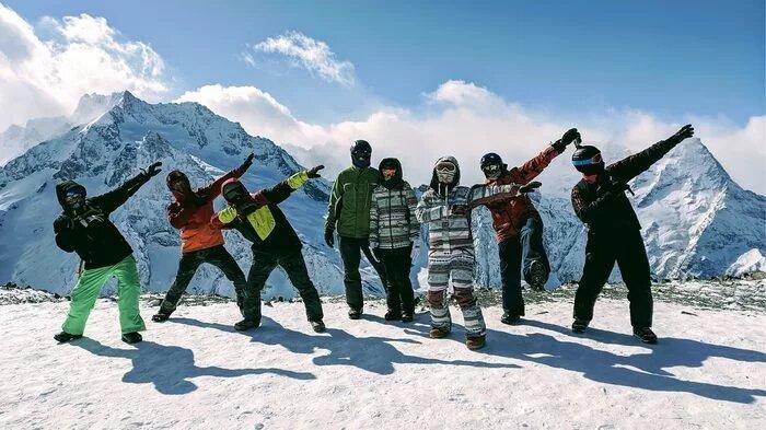 Сноутур на Кавказ: катание на курортах Архыза и Домбая с обучением и проживанием
