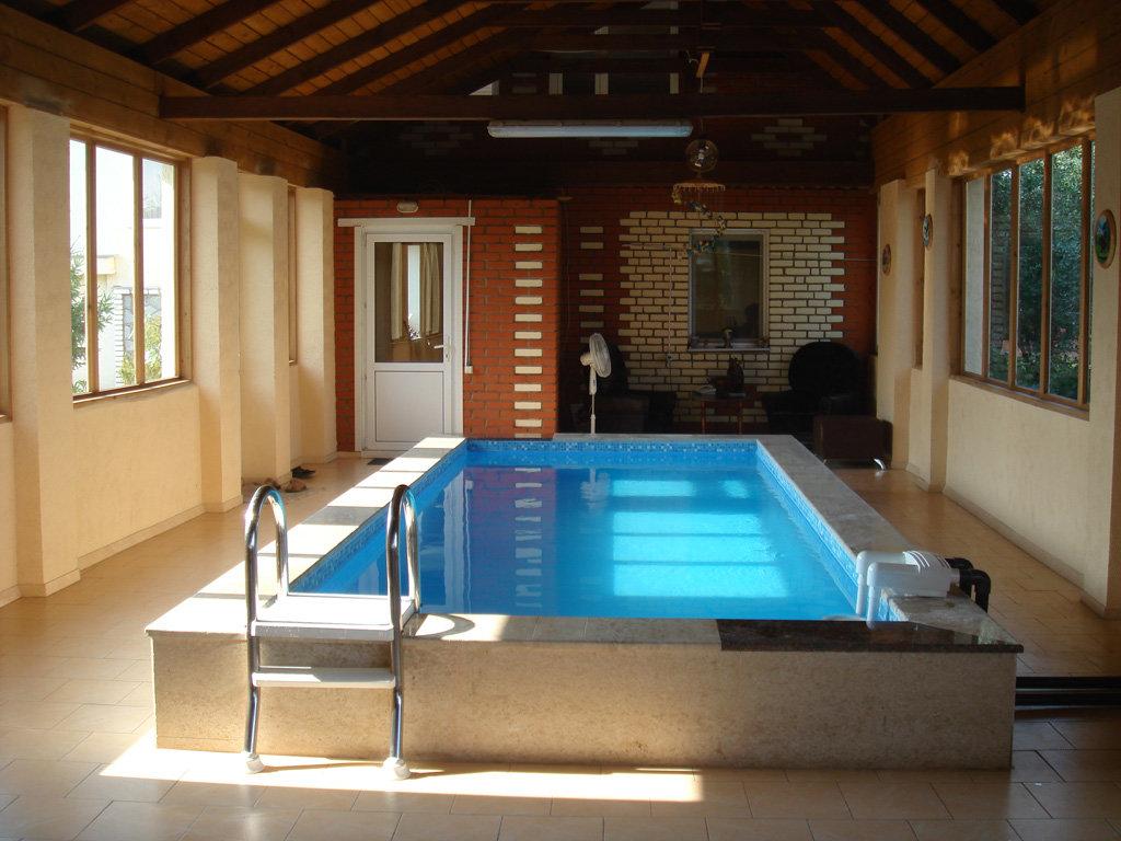первом бассейн в доме своими руками проекты фото занялся темой