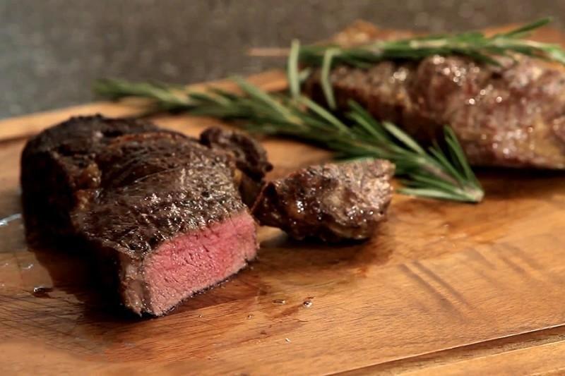 стейк из мраморной говядины на гриле рецепт