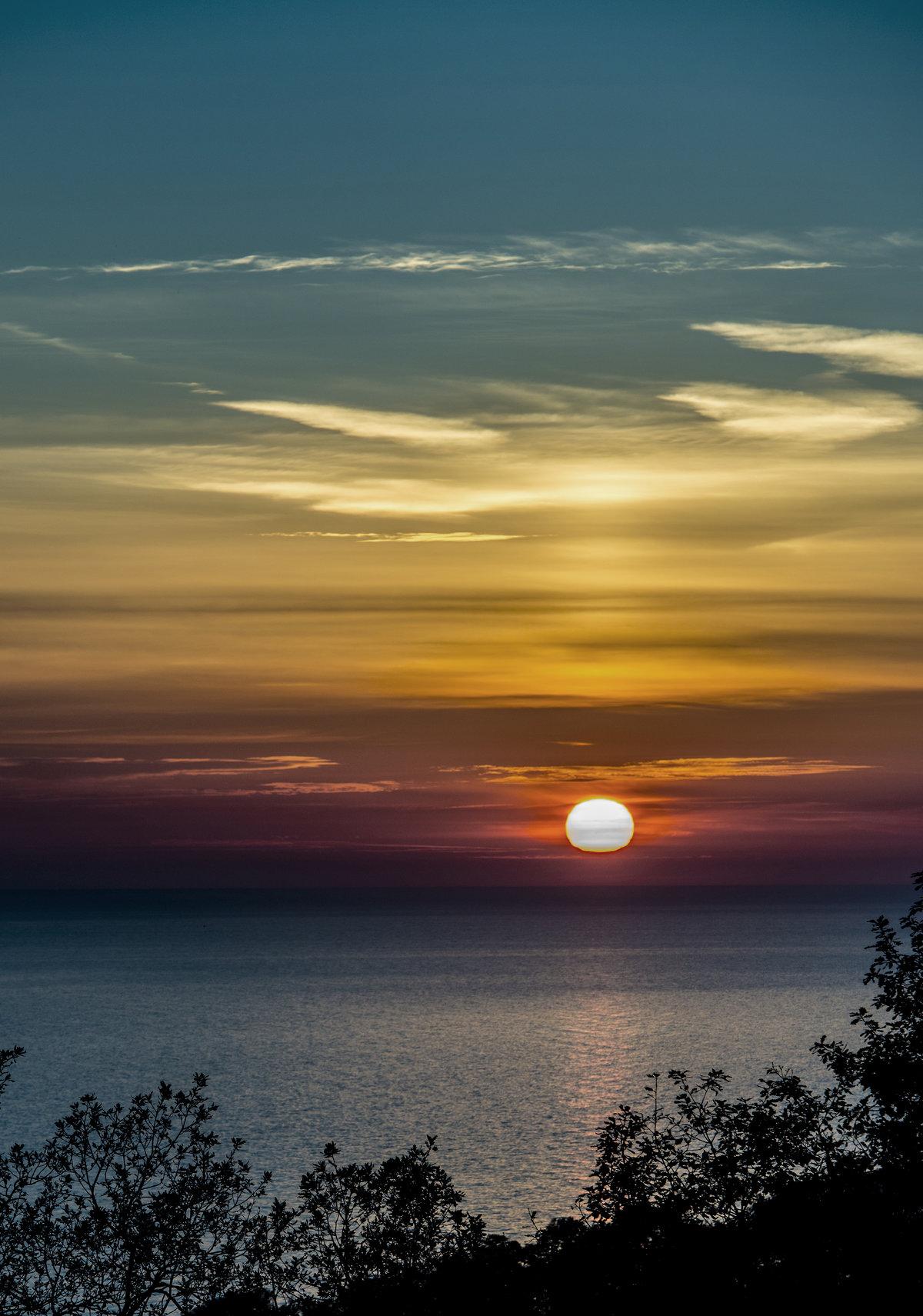 Закат солнца в картинке