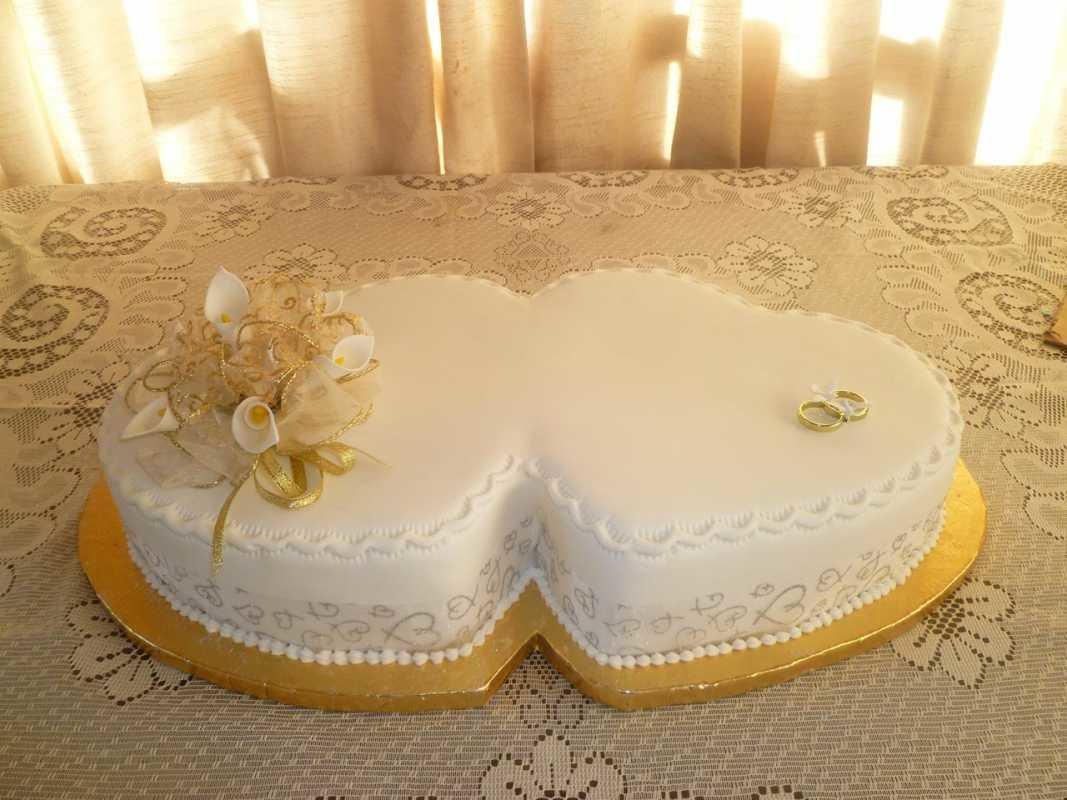 картинки тортов на венчание больше наружности скажет