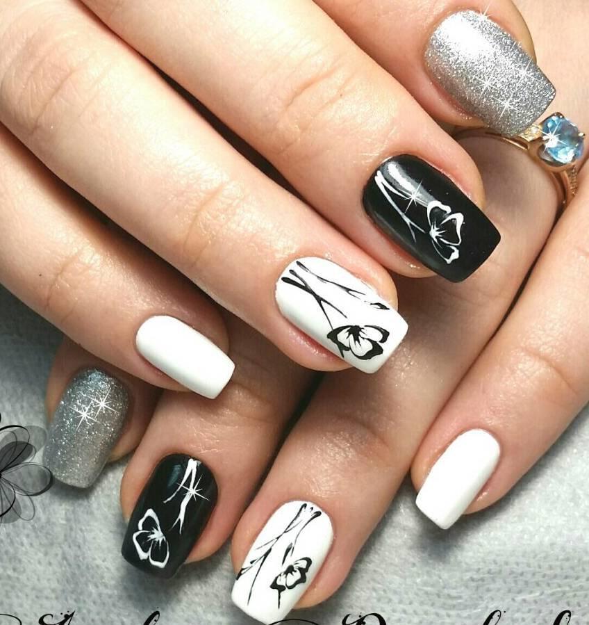 черно белая картинка дизайна ногтей жесткий