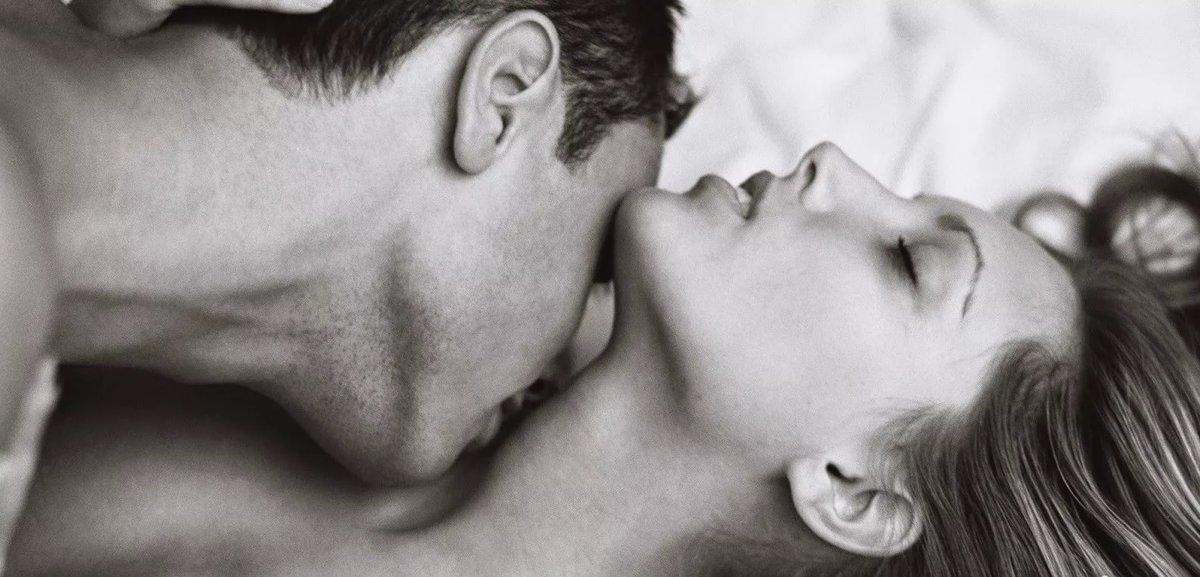 Поцелуи картинки страсть
