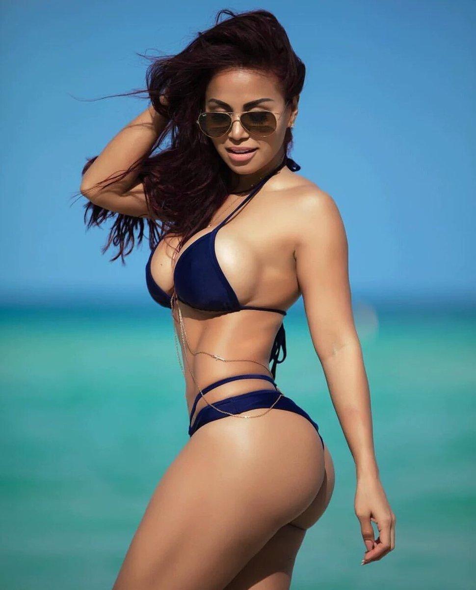 latinoamerikanskie-devushki-video-russkoe-porno-paren-devushka-i-rezinovaya-kukla