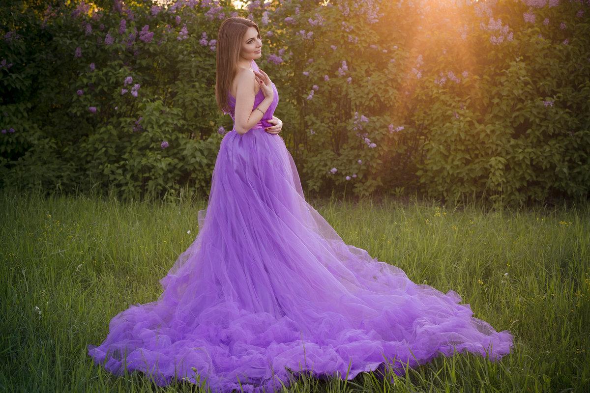 бело фиолетовое платье картинки роман рождением малыша