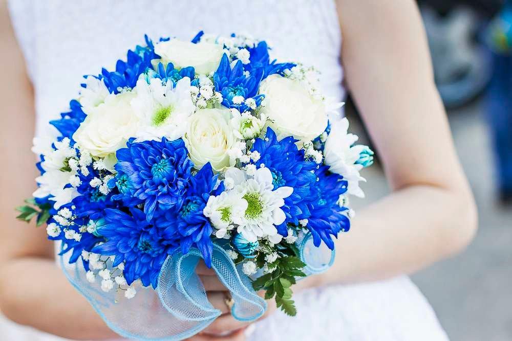 Свадебные букеты из хризантем и васильков, букет своими