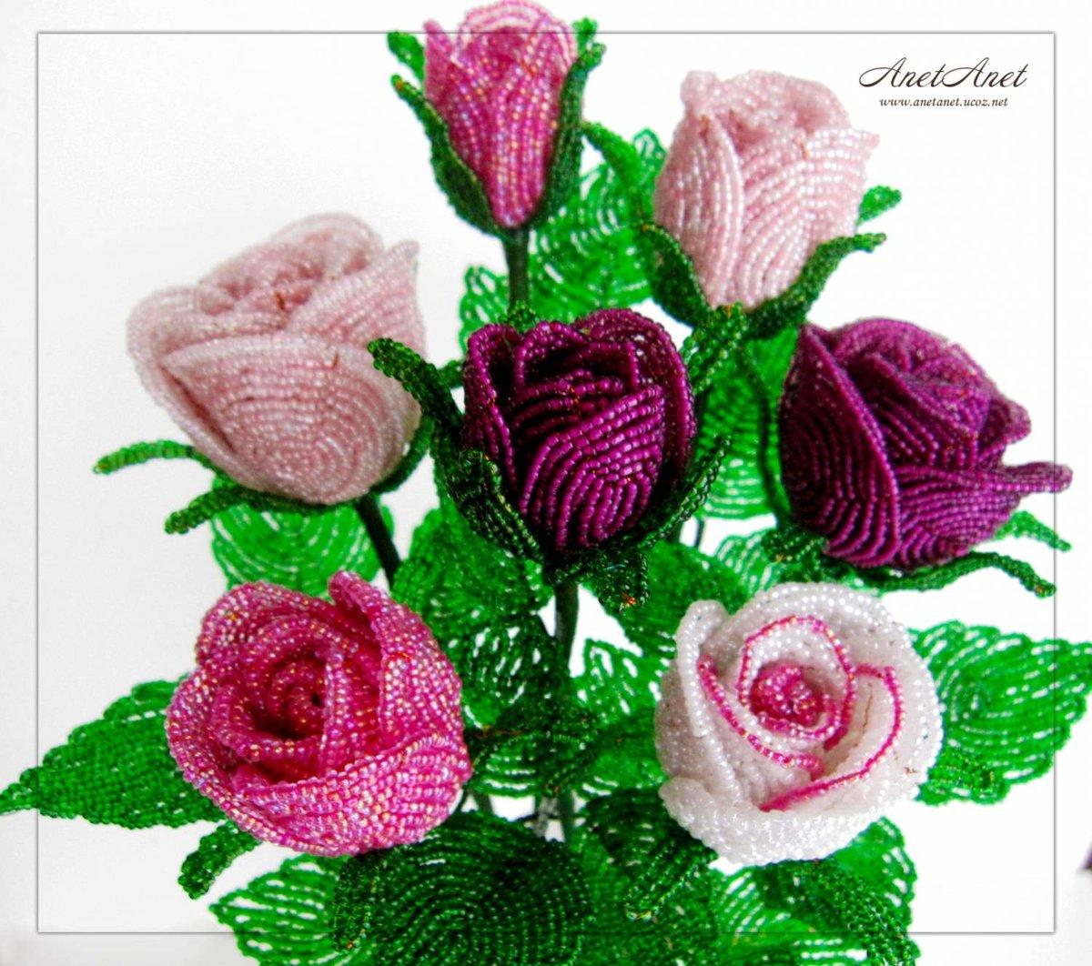 очень красивый букет роз из бисера то