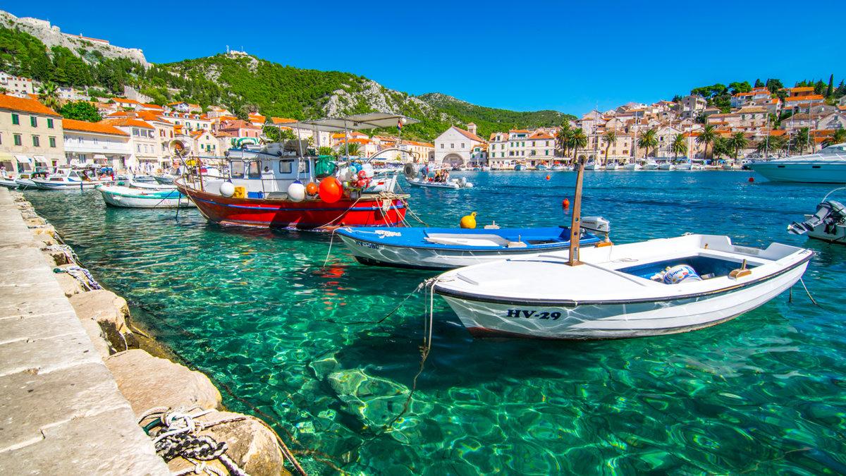 Теплая погода в ноябре несколько продляет в Хорватии бархатный сезон