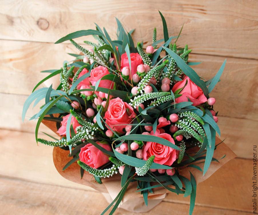 Купить цветы, подарочные букеты из цветов современные