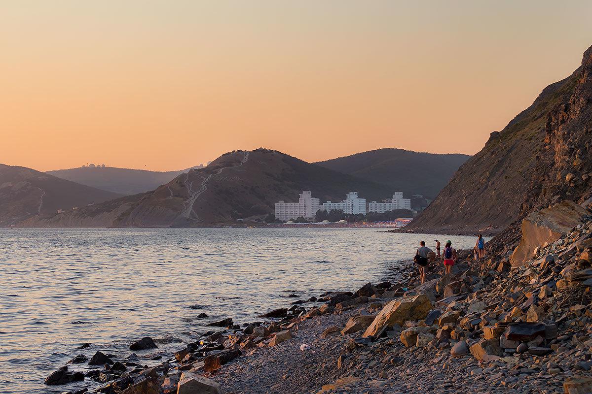 дикий пляж в анапе фото обдуманы разные конструкции