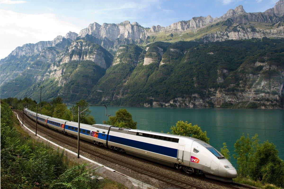 Большие открытки, картинки с поездами