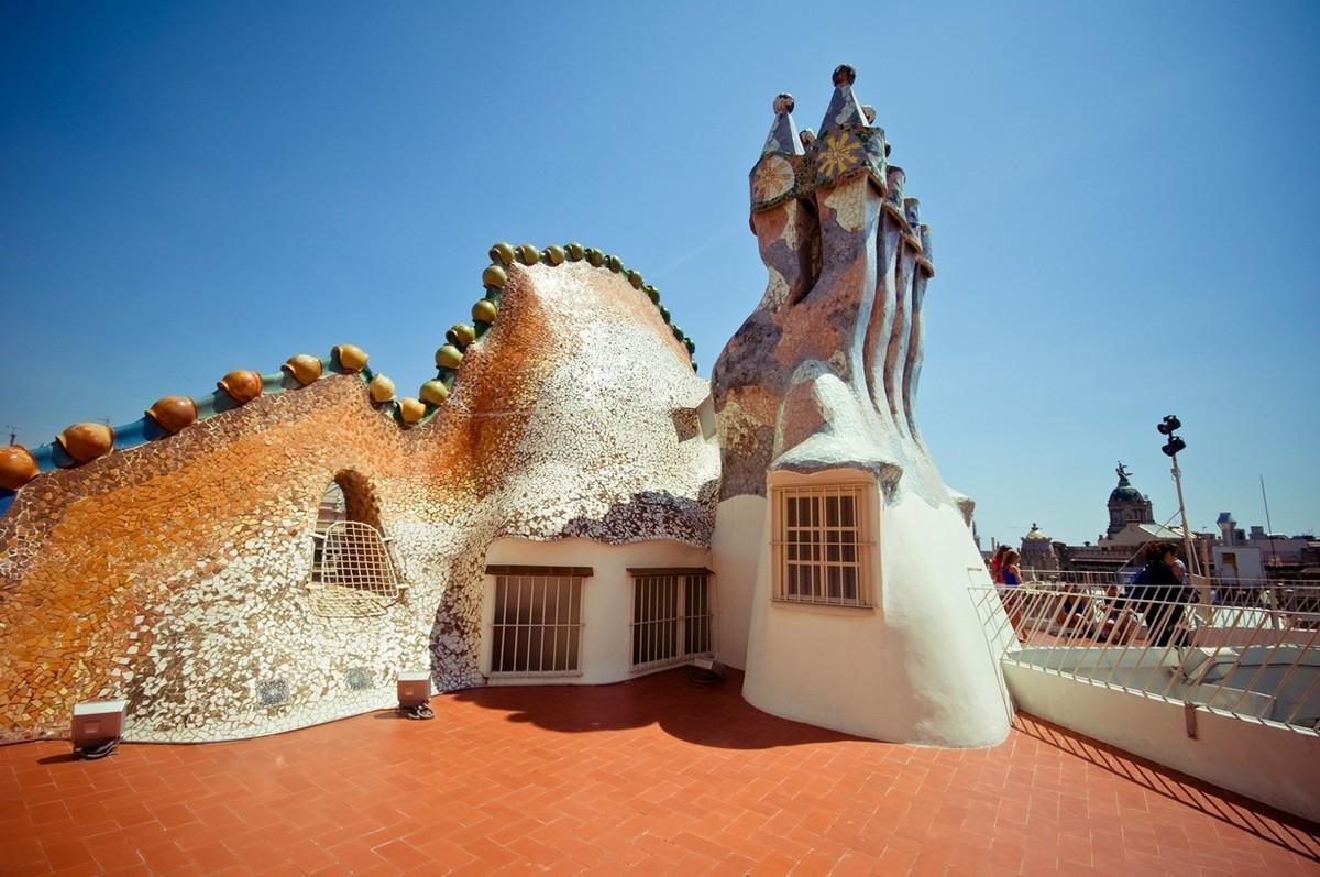 гауди архитектор и его дома фото цены можете