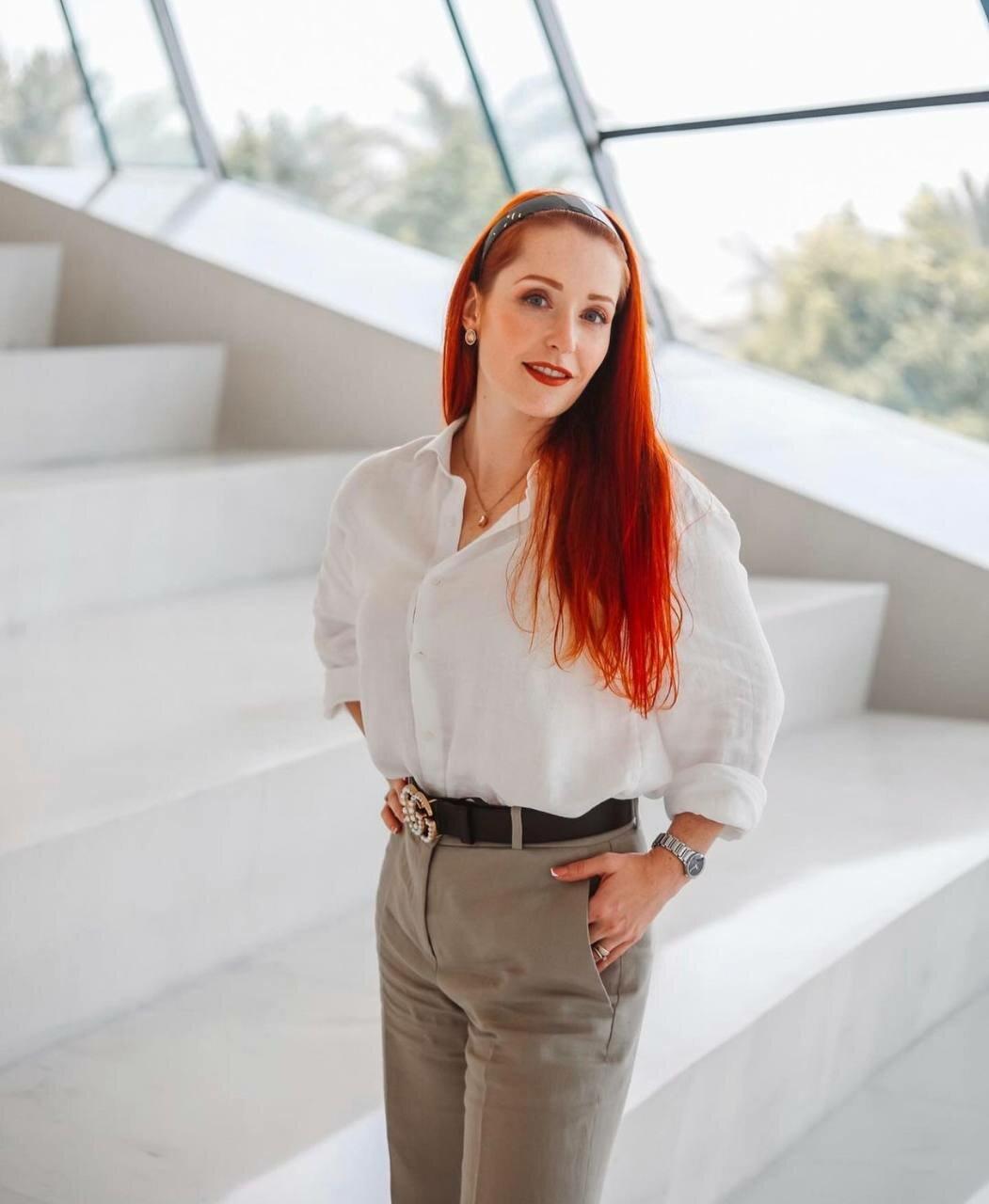 Мария Тронина, Мария Тронина корпоративный консультант