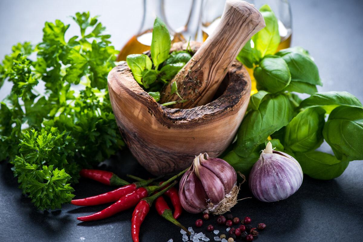 природные антисептики чеснок, перец, шалфей, душица