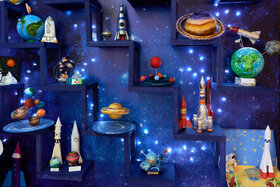 Поделки и фотозона ко «Дню космонавтики» в МБУ «Гимназия №38» г. Тольятти