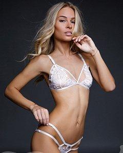 Женское нижнее белье. Какие есть виды женского нижнего белья. Описание с  фото. Сайт 537310824a6