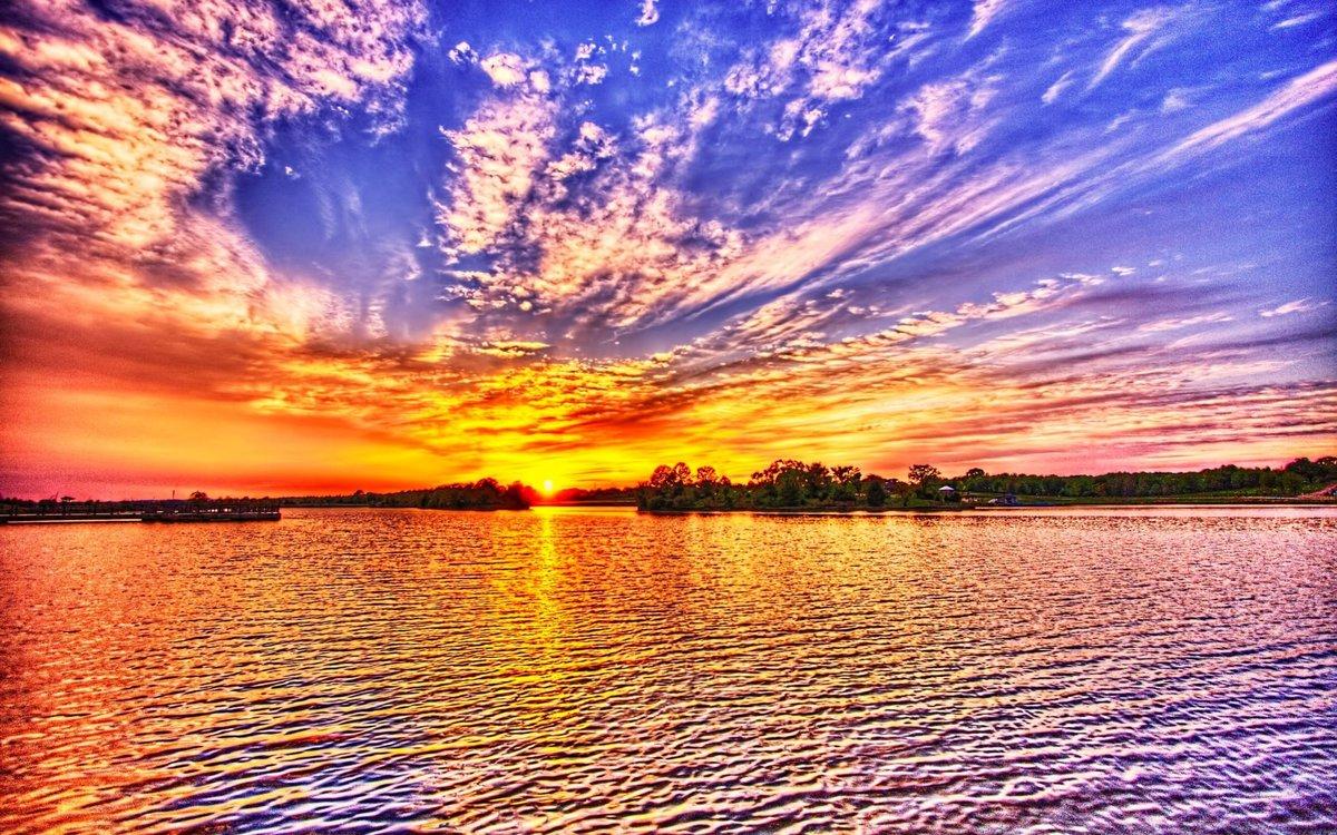 картинка с описанием удивительной красоты неба основная часть турбинное