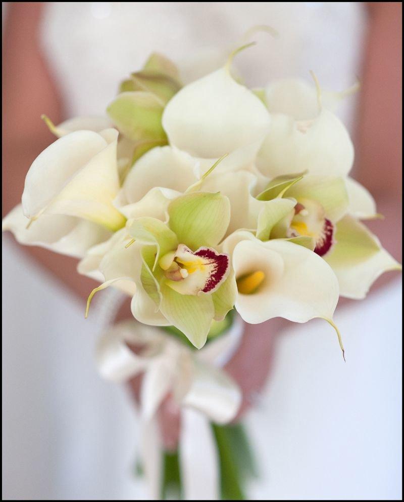 Свадебные букеты для невесты из калл и орхидей