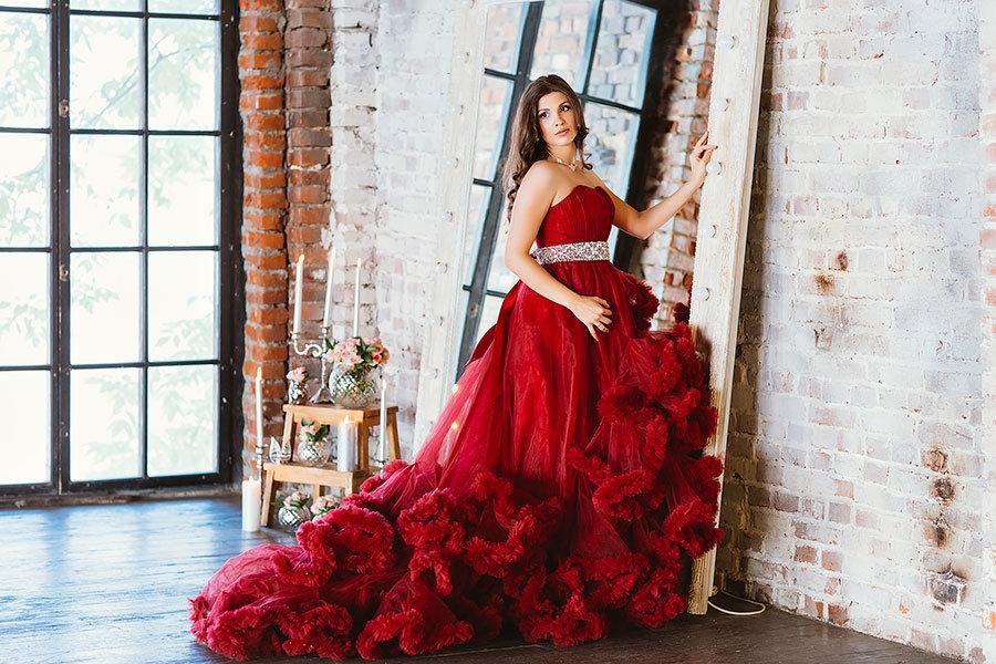 584ecce3336 Фотосессия в платье в студии фото Фотосессия в платье в студии фото