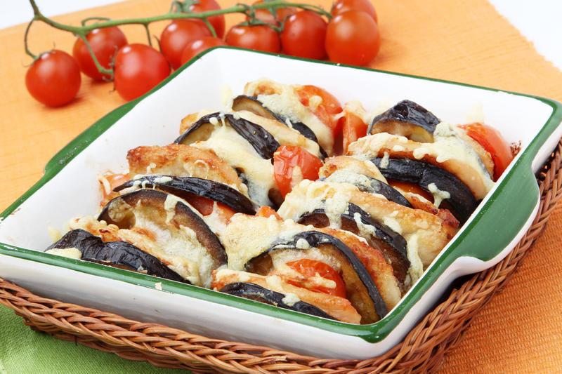 12 баклажаны в горшочках в духовке с овощами.