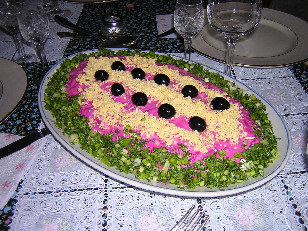 оформление красиво салата шуба фото зависимости