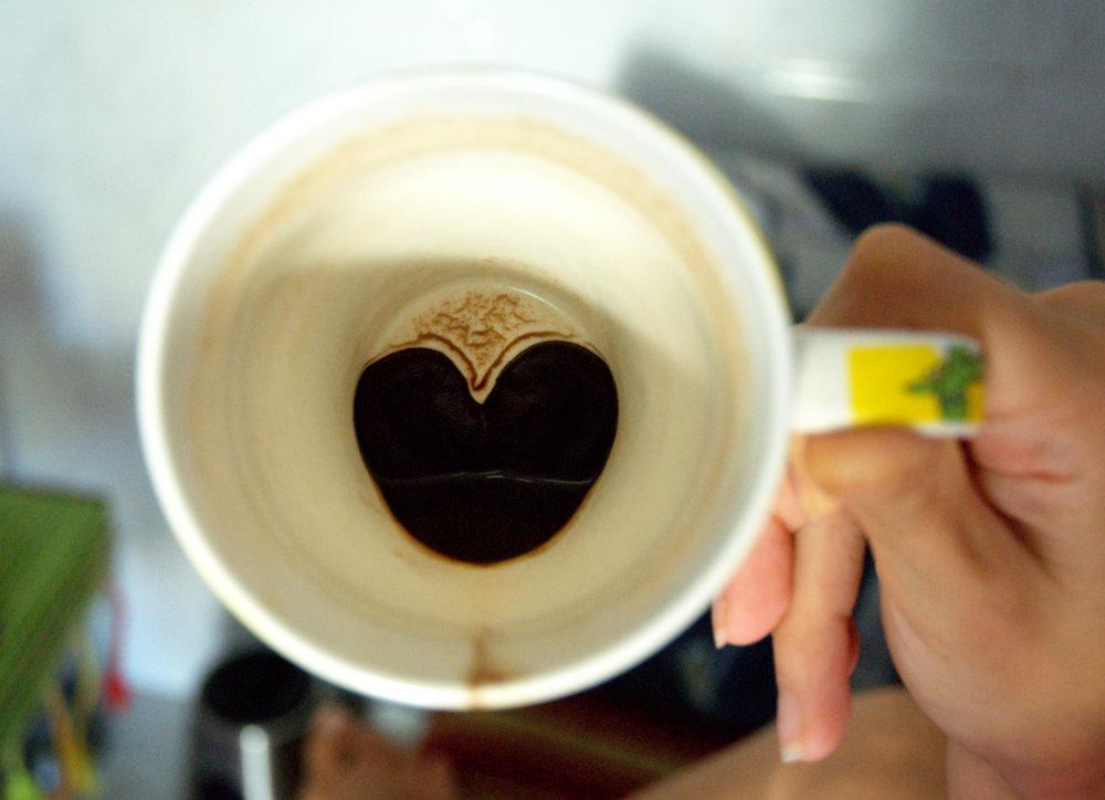 картинки в чашке от гадания на кофейной гуще расскажем, какие цветы
