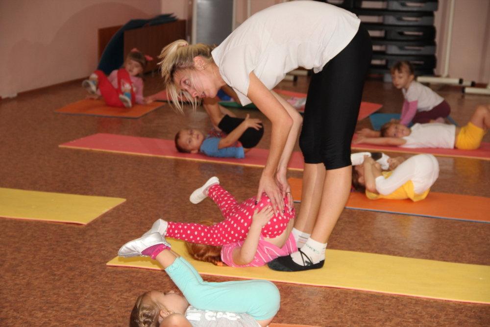 Гимнастика спортивная для детей , , , лет , подростков , , лет.