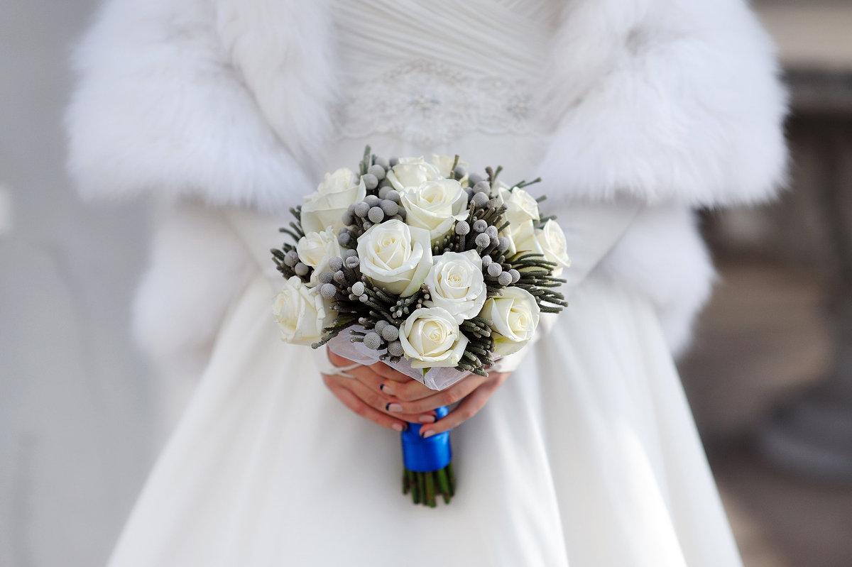 Леруа мерлен, букет для невесты зима