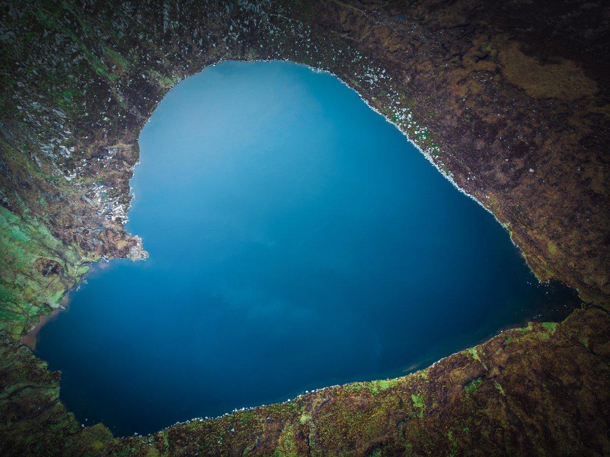 Картинки озера в виде сердца