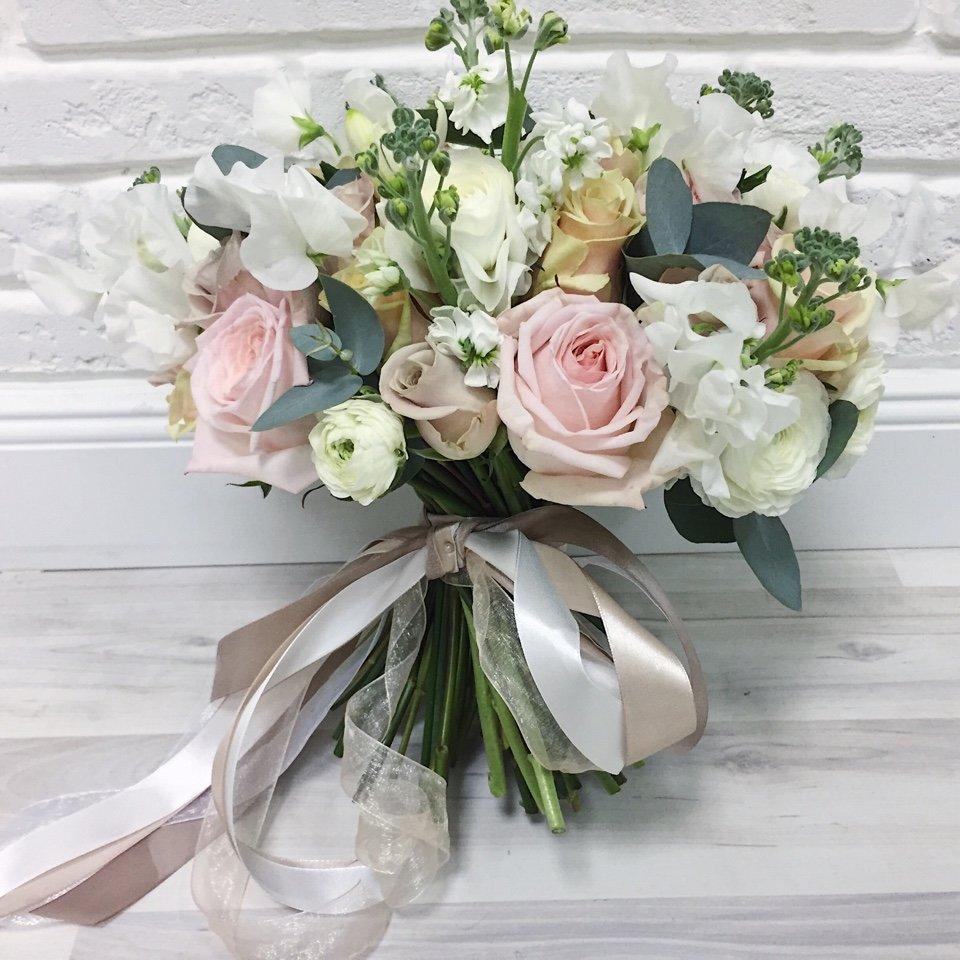 Букет невесты от 1500р в москве недорого