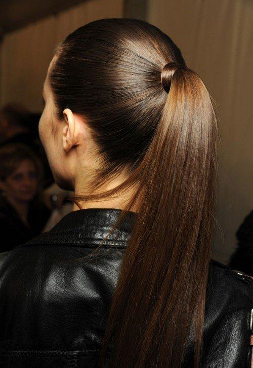 фото девушек с натуральным цветом волос сзади как