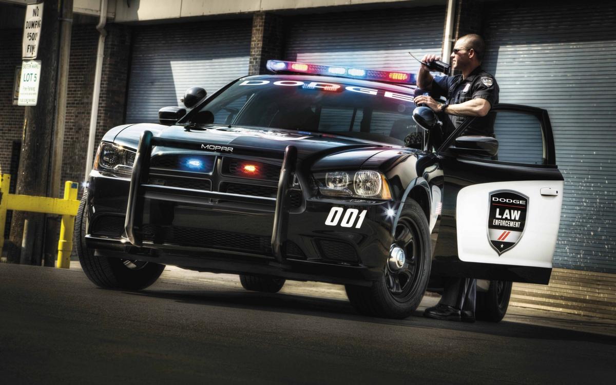 Карта, крутые картинки с полицейскими машинами