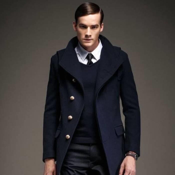 10e3dd4ec2a ... Мужское пальто на пуговицах с большим воротником черное однобортное выше  колен