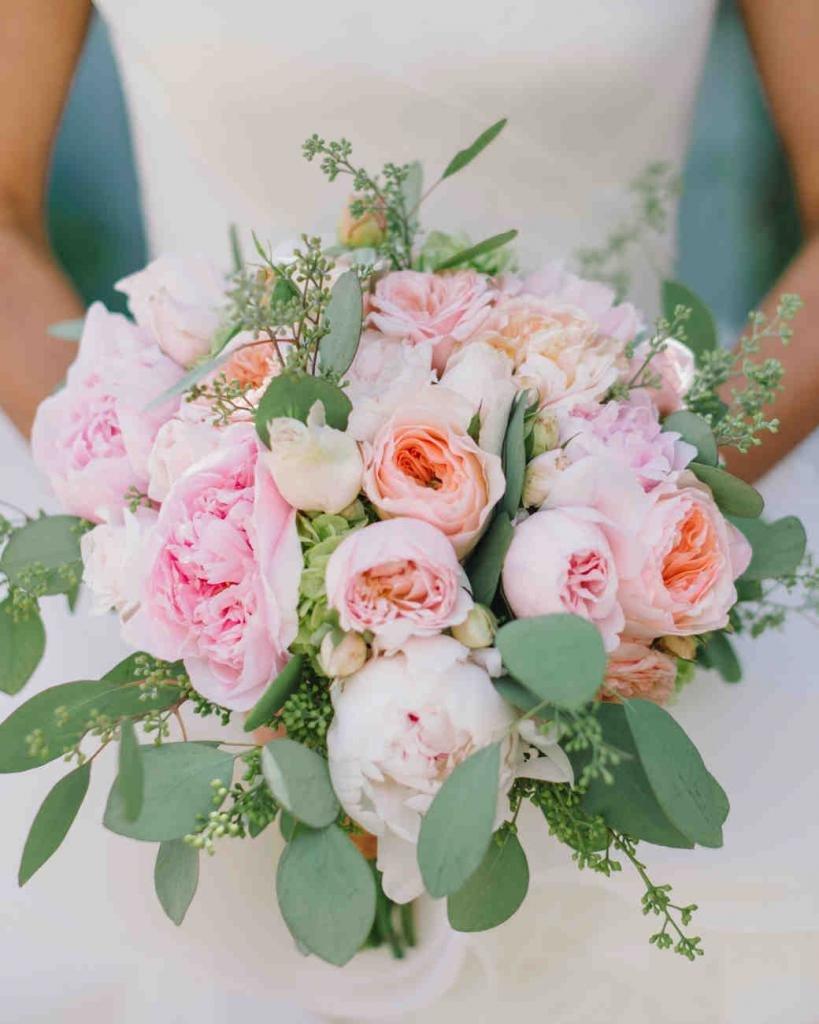 Букет, свадебный букет с пионами в москве