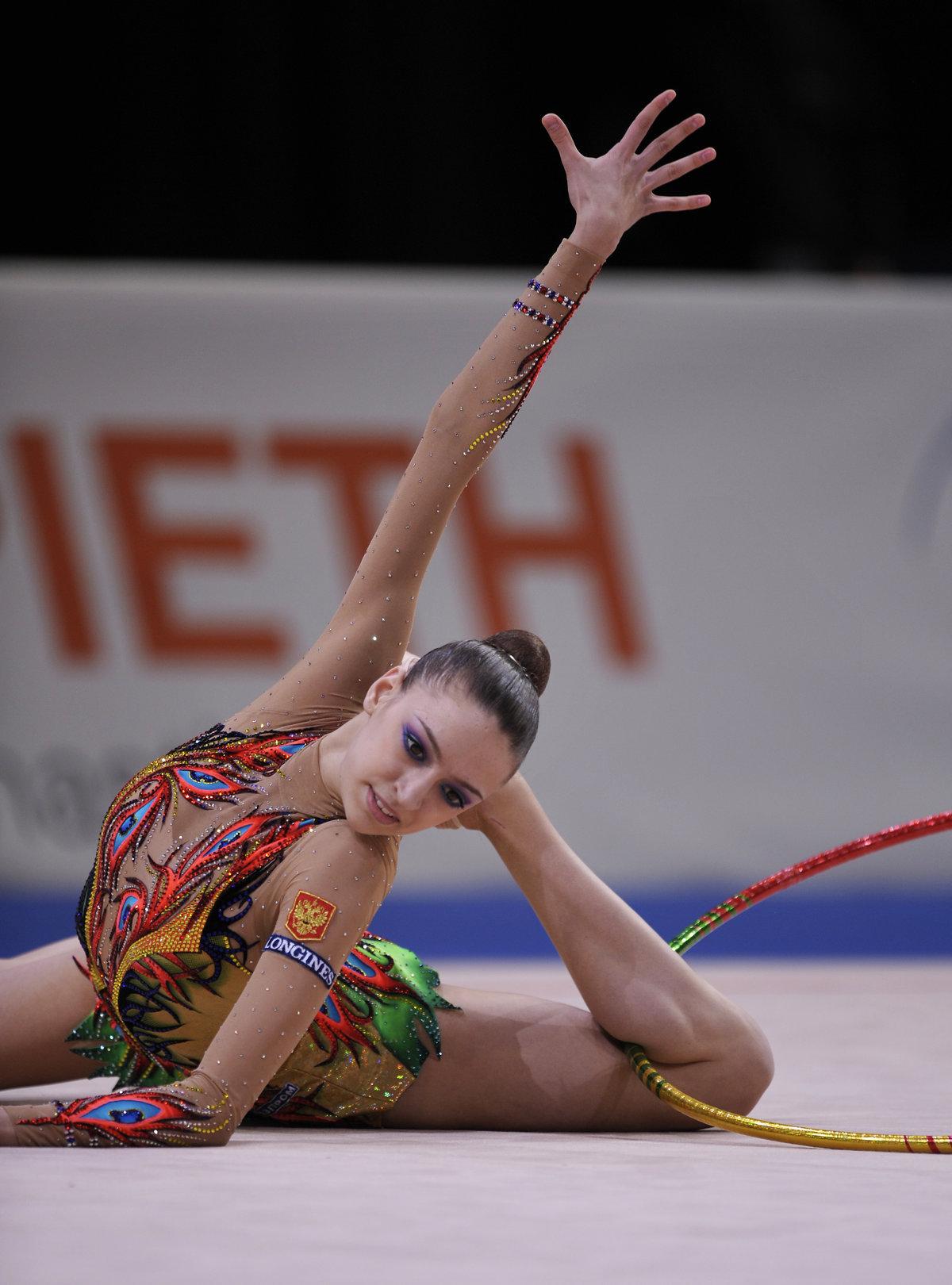 лучшие русские художественные гимнастки фото антонина ничуть
