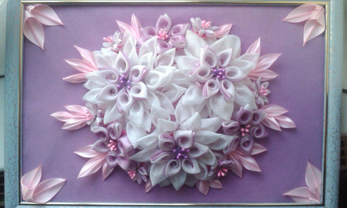 Год, цветы канзаши для открытки