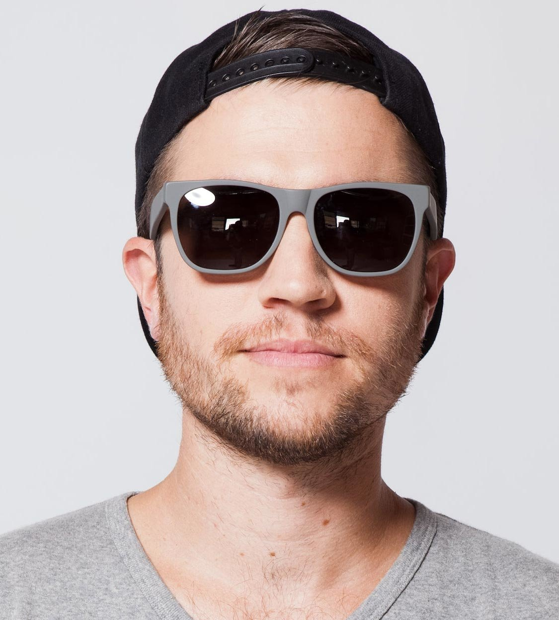 рекламы шарах картинки мужчины темных очках цветовая палитра, особенные