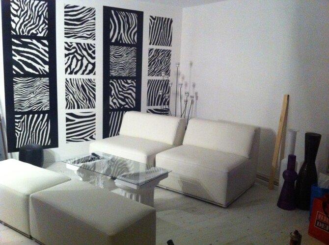 Дизайнерские идеи по использованию зебры в дизайне интерьера